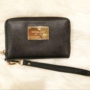Michael Kors wristlet/wallet combo